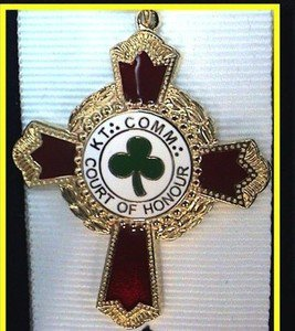 KCCH Knights Commander Court Scottish Rite Masonic Jewel