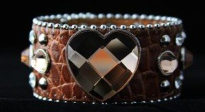Heart Bling Cuff Genuine Leather  Adjustable Cuff - NWT  Retails For $39+++