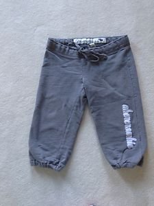 Abercrombie Cropped Sweatpants kids Size Large Gray