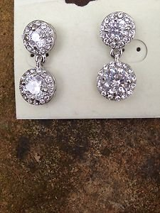 Swarovski Crystal Dangle Earrings~ New Never Worn!! THESE ARE STUNNING!!