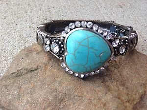 Heart Bracelet With Genuine TURQUOISE Austrian Crystals- NEW w TAG Never Worn!