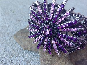 Flower Bracelet~ Genuine Austrian Pink/Lavender Crystals~~VERY Beautiful! NWT!!