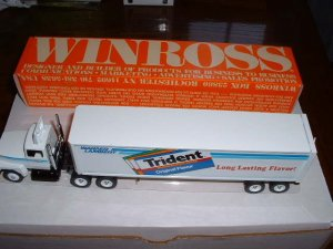 Warner Lambert....1989 Winross  truck--collector edition--made in USA