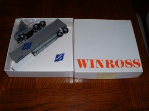 Reading Railroad--1990 Winross  truck--made in USA--BB