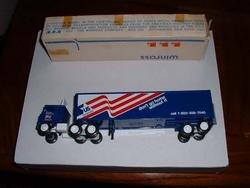 US Brands (Sugar), Buffalo NY...1982 Winross  truck--made in USA....RD