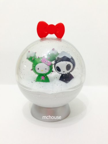 7-11 HK Sanrio Hello Kitty Tokidoki Wonderland Figurine X'mas Snowball Kitty