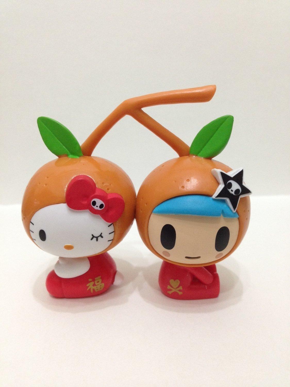 7-11 HK Sanrio Hello Kitty Tokidoki Wonderland Figurine New Year Tangerine Kitty