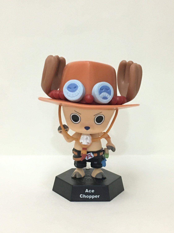 7-11 HK One Piece 2016 Chopper World Figures Ace Chopper