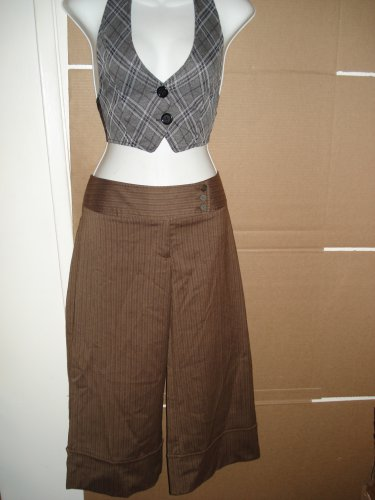 NO BOUNDARIES CAPRI-CROPPED PANTS Sz 11