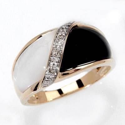 Black Onyx, Mother of Pearl & Diamond Ring