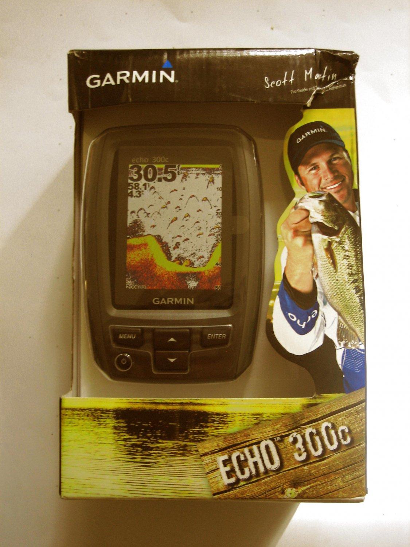 New Garmin Echo 300c Fishfinder