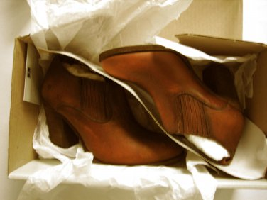 New  Frye Ilana Pull On Leather Womens Shooties Booties Shoes Cognac 6 B