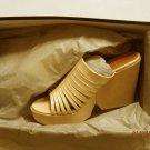 New  ROBERT CLERGERIE Duegne Beige Patent Platform Sandal Size 8.5