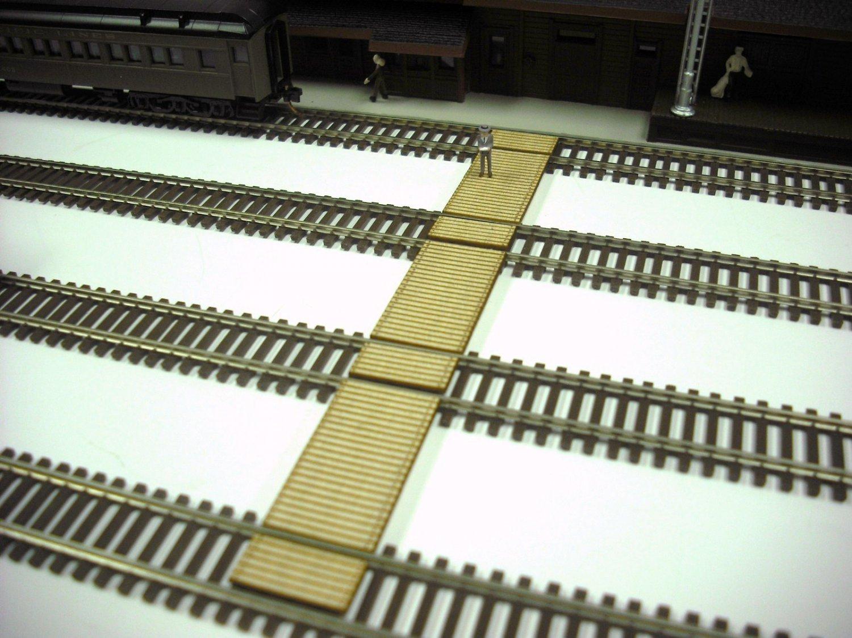 N scale passenger car dimensions uk