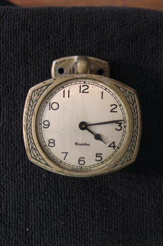 Westclox automobile accessory dash clock 1920�s Vintage  (Car Clocks)