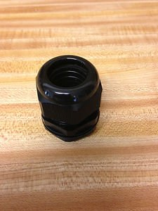 5 - 1 inch NPT - Strain Relief Cord Grip Cable Gland with gasket and nut - NEW