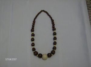Chocolate and Cream Elastic Wooden Beaded Necklace