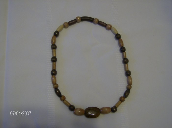Cute Elastic Wooden Necklace w/ Glass Centerpiece