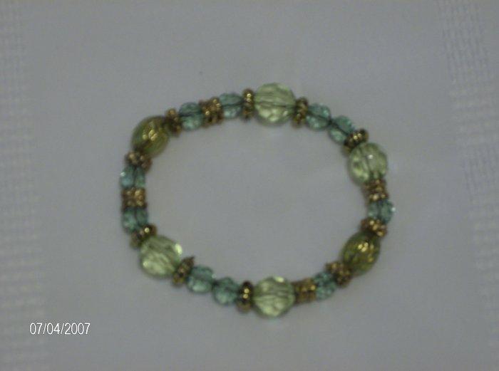 """Green Apple"" Glass Bead Bracelet"