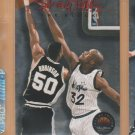 1993-94 Skybox Premium Shaq Talk #2 Shaquille O'Neal Magic