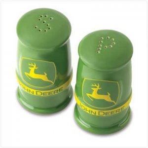 John Deere Salt and Pepper Shaker Set - SS38309