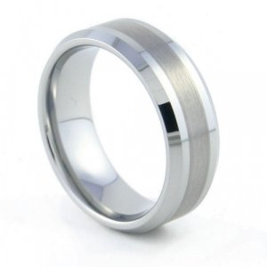 Califa - 8mm Beveled Tungsten Carbide Band