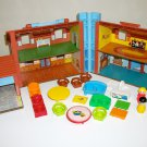 Little People Play Family House 952 1980s Fisher Price