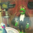 2002 Muppet Show Tuxedo Kermit the Frog figure Series 1 tv camera Palisades Toys