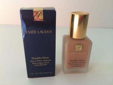 Estee Lauder Double Wear Stay-in-Place Makeup - 3C2 Pebble 04  (BNIB) 1 oz / 30 ml