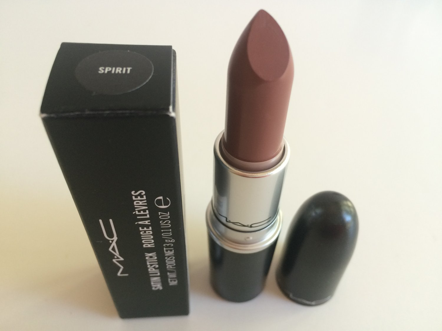 MAC Satin Lipstick - Spirit (BNIB)