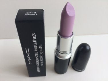 MAC Amplified Lipstick - Courting Seduction