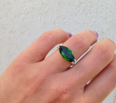 Emeraldt Ring - May Birthstone - Gemstone Ring - Silver Ring