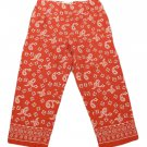 Womens Red Black White A.M.I. Casual Capris 4