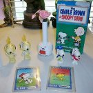 1965+ Lot of 9~ SNOOPY PEANUTS GANG, PEZ,United Feature Syndicate ~ Figurines 3+
