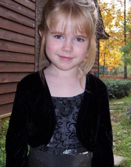 Amy Byer Black Velvet and Silver Dressy Dress Girls Size 6