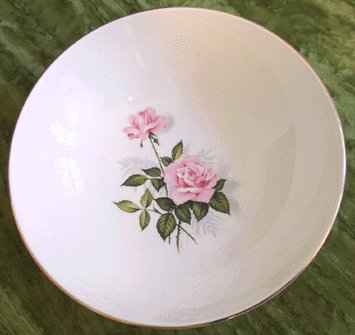 Taylor Smith & Taylor VEGETABLE BOWL Summer Rose