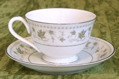 ROSE CHINA Cup/Saucer SPRINGTIME 3417 Japan NORITAKE