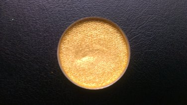 MAC Golden Lemon Pressed Pigment