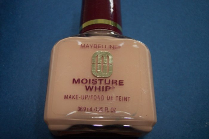 MAYBELLINE Face Moisture Whip 1.25fl oz NEW!