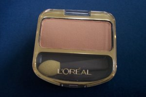 L'OREAL single color eye shadow NEW!
