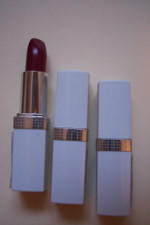 3 Lipsticks from ALMAY NEW!
