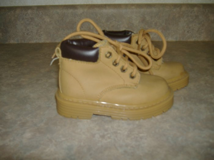Little Boy's Gentz Boots  Size 5