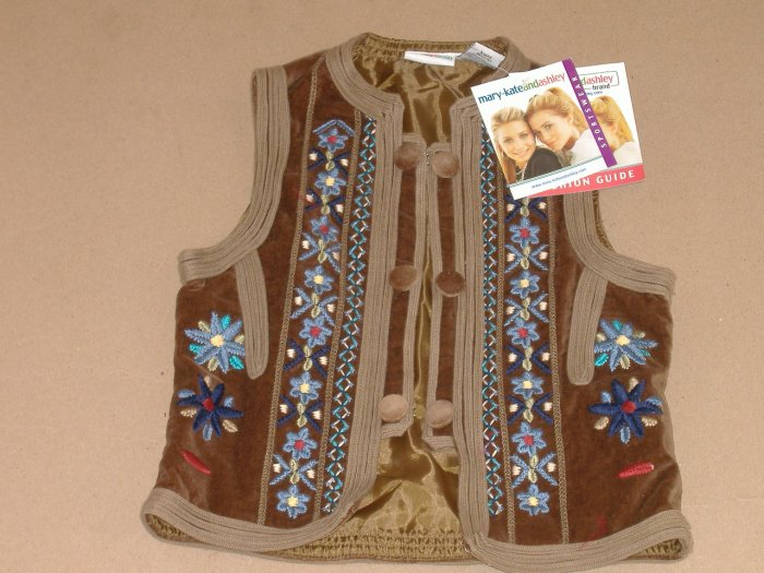 Mary-KateandAshley Vest  ( New )   Size 7 /8
