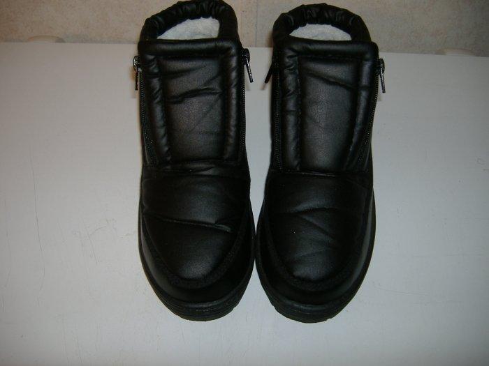 Women's Arctic Shoes - Size 8