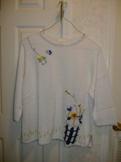 Ladies Spring Floral Sweater By Avon - Size 3x