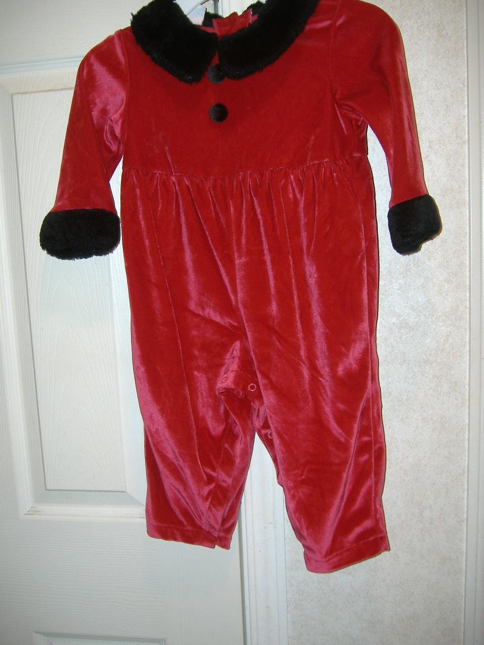 Ifant Girl Outfit By Expressions    Size 18 Months