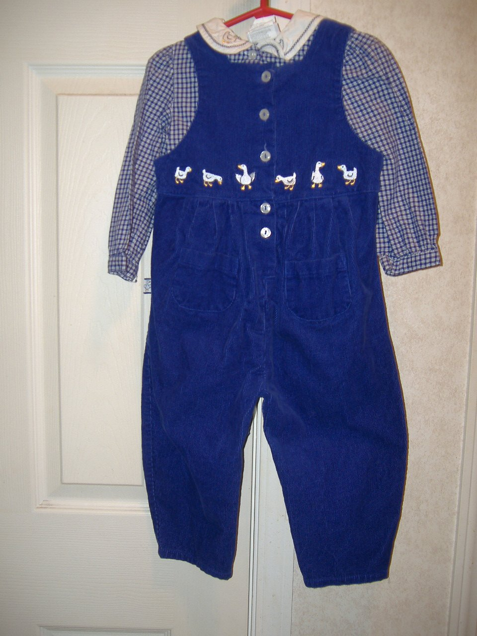 2 Piece Girl Toddler Set By Buster Brown   Size 24 Months