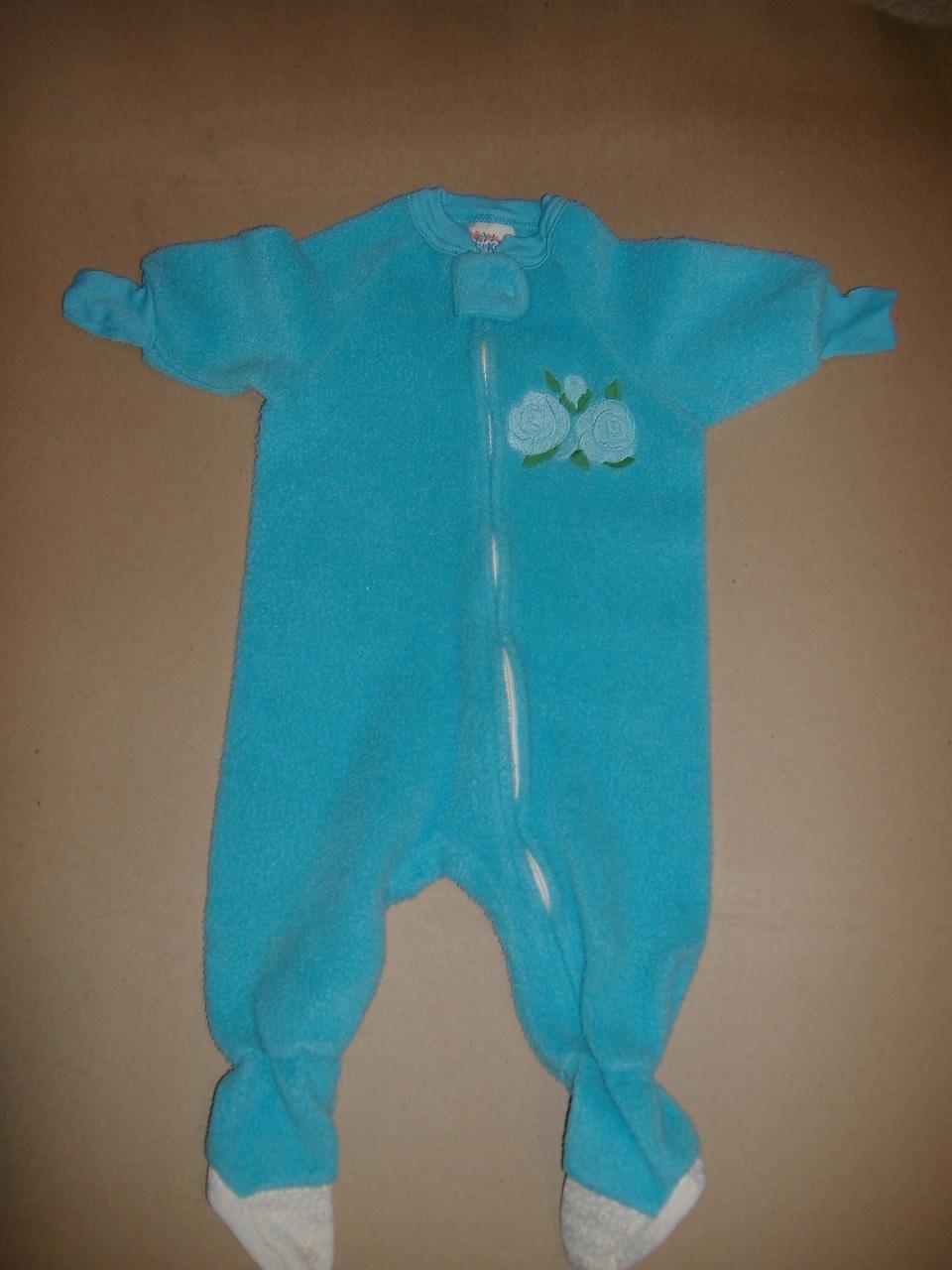 OshKosh Infant Sleep Set   Size 12 Months