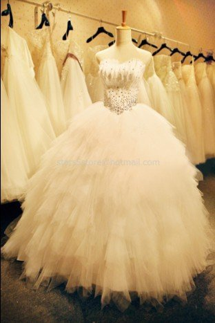 A-line Wedding Dress Princess Strapless Feather Rhinestones Wedding Ball Gown H1312