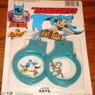 BATMAN  HANCUFFS  WITH KEYS SEALED ON CARD!